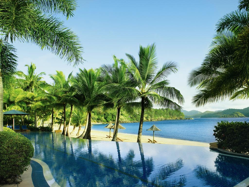 beach-club-hamilton-island-3