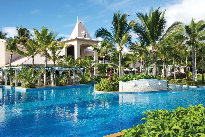 sugar-beach-golf-spa-resort-0
