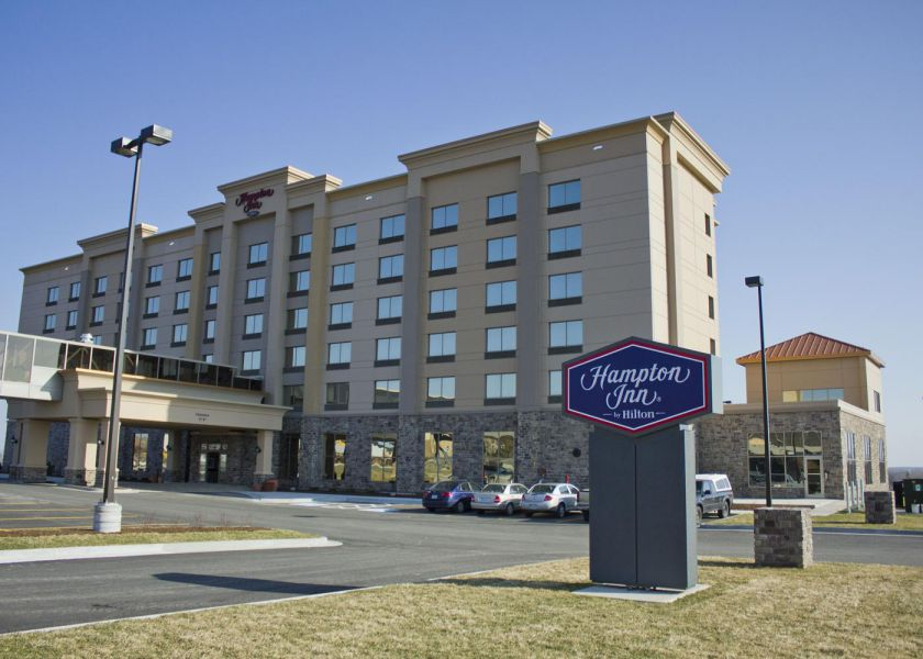 hampton-inn-sydney-ns-0