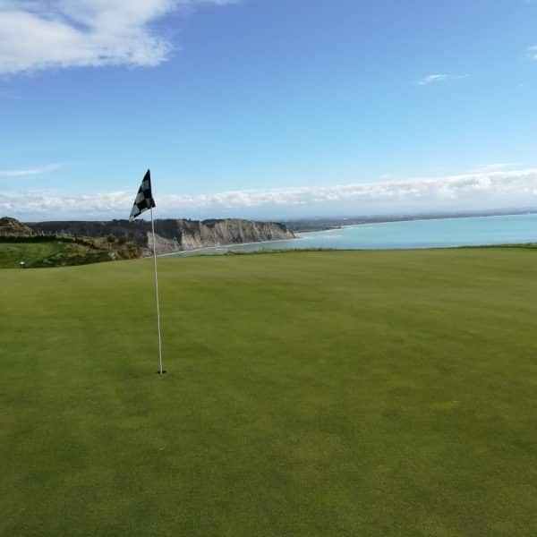 cape-kidnappers-golf-1
